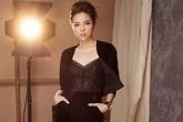 Hoa hậu Kỳ Duyên tái xuất quyến rũ với trang phục vải nhung