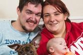 Chú chó báo động cho cô chủ mang thai để kịp thời đến bệnh viện