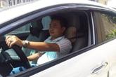 Bác tài Uber không ngại khó đưa hành khách đi cấp cứu trong đêm