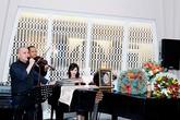 Sao Việt thuê đầu bếp nổi tiếng, nhạc công đãi tiệc tại biệt thự khủng
