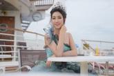 Hoa hậu Mỹ Linh khoe vai trần khi dự sự kiện ở Đài Loan