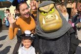 Diệp Bảo Ngọc đưa mẹ và con trai đi du lịch Nhật Bản