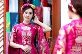 Thụy Vân thử váy làm MC chung kết Hoa hậu Việt Nam