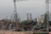 Sân khấu nổi ở Vĩnh Phúc đổ sập