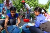 Quảng Ngãi: Cấp 30.000 chiếc màn tẩm hóa chất trừ muỗi để phòng sốt rét