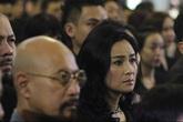 Thanh Lam ngấn lệ trong đám tang nhạc sĩ Thanh Tùng