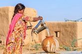 """Xúc động chuyện chồng đào giếng suốt 40 ngày """"tìm"""" nước cho vợ"""