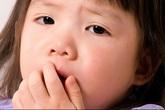 Trẻ ho khan, thở rít, khi nào nên đi viện?
