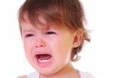 Xử lý khi trẻ đau tai đột ngột