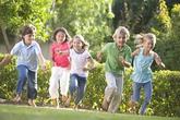 Trẻ bị hen có được chơi thể thao?