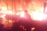 Kẻ tự đốt nhà làm hàng xóm vạ lây bị bắt