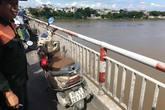 Hà Nội: Một cô gái để lại xe, nhảy cầu Chương Dương tự tử