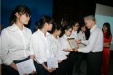 Quỹ hỗ trợ Sinh viên Đại học Dược Hà Nội chắp cánh ước mơ sinh viên nghèo