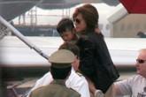 Angelina Jolie không giữ lời hứa đưa Pax Thiên về Việt Nam