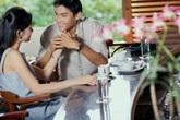 Phát hiện chồng có vợ lẽ trong hoàn cảnh chẳng ai ngờ