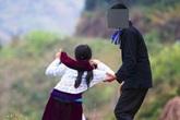 Tâm sự người mẹ có con gái lớp 9 bị thầy lang dụ dỗ làm... vợ lẽ