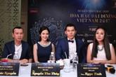 Hoa hậu Ngô Phương Lan cùng 'ông bầu' Phúc Nguyễn ngồi 'ghế nóng'