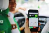 """Taxi truyền thống lại """"thua đau"""" trước Grab, Uber"""