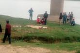 Xe tải tông xe máy, 4 người cùng gia đình thương vong