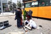 Hà Nội: Thùng phuy phát nổ, một người bị trọng thương