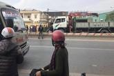 Cô gái mặc đồng phục GrabBike bị xe bê tông cán qua người