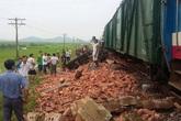 Cố băng qua đường sắt, một tài xế bị tàu hỏa tông tử vong