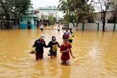 Hơn 500 bệnh nhân bị nước lũ cô lập