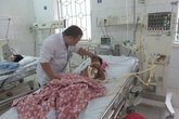 Xe cấp cứu đưa về đầu xóm, hai em bé là chị em ruột ở Cao Bằng trút hơi thở cuối cùng