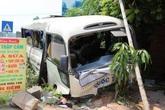 Xe chở công nhân gặp tai nạn, 24 người bị thương