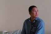 Hạnh phúc nhỏ nhoi của người mẹ 10 năm ra Bắc vào Nam chữa bệnh cho con