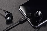 iPhone 8 có thể vừa cắm tai nghe, vừa sạc pin