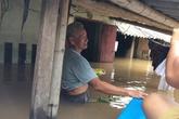 """Sầm Sơn, Thanh Hóa: Dân """"bơi"""" trong nhà mỗi khi mưa lớn"""