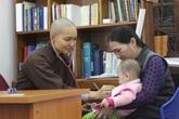 Nữ TS y khoa quy y cửa Phật mở phòng khám từ thiện