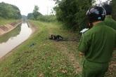 Phát hiện thi thể nam thanh niên chết cháy bên bờ kênh