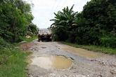 Huyện Hậu Lộc, Thanh Hóa:  Dân kêu trời vì đường xuống cấp