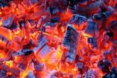 Sưởi ấm bằng lò than, cụ bà chết cháy thương tâm