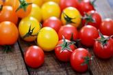 Cà chua đỏ và cà chua vàng rất khác nhau, nên ăn loại nào?