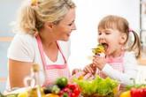 Lối sống của cha mẹ quyết định sức khỏe con cái