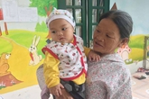 Vụ bé trai bị bỏ rơi trong nhà nghỉ: Cháu bé chính thức được đoàn tụ với với gia đình
