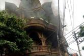 Quảng Ninh: Chập điện, quán karaoke bốc cháy nghi ngút