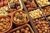 Những mối nguy từ các loại hạt ăn trong dịp Tết