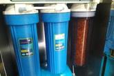 """Tiếp bài """"Dân kinh hãi với nước máy đóng váng đỏ quạch ở Hà Nội"""": Đó là """"nước đạt... chuẩn""""!"""