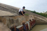 """Huyện Vĩnh Lộc (Thanh Hóa): Công trình hàng trăm tỷ dở dang, dân """"rốn lũ"""" mất ăn mất ngủ"""