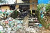 Thừa Thiên Huế: Cuộc sống đảo lộn vì bãi rác tại chợ Tuần