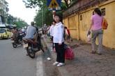 """Chuyện đón nhầm học sinh ở Hà Nội hé lộ nhiều """"lỗ hổng"""" mất an toàn"""