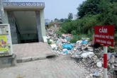 Hà Nội: Dân bức xúc vì bãi rác tự phát trên đường vành đai 3