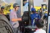 Tăng giá hàng loạt mặt hàng xăng dầu