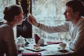 Lý do khiến phụ nữ độc thân thường rơi vào lưới tình của đàn ông qua một đời vợ