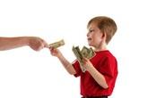 Độ tuổi nào thích hợp để dạy con về tiền?