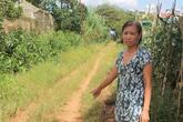 Tranh chấp đất đai, đổ nước chứa thuốc diệt cỏ vào miệng một phụ nữ